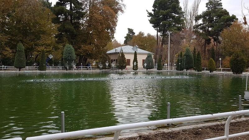 پارک وکیل آباد مشهد مقدس,تاریخچه باغ وکیل آباد مشهد,عکس پارک وکیل آباد مشهد,