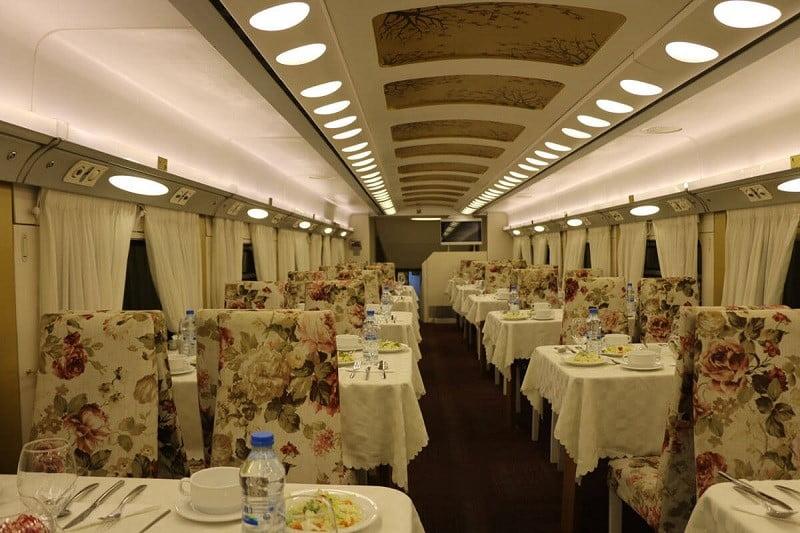 انتخاب قطار مناسب برای سفر,بلیط قطار,تور مشهد با قطار,
