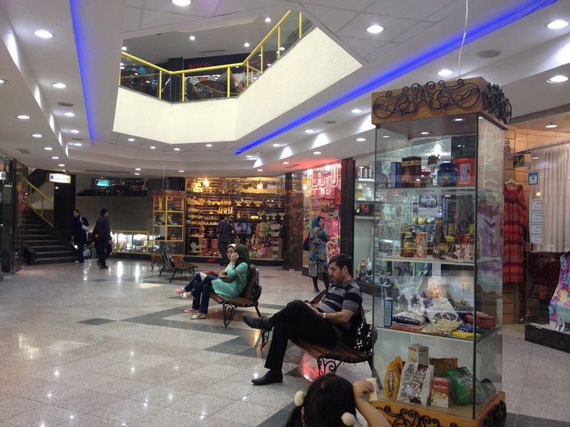مرکز خرید زیتون,هتل های نزدیک بازار زیتون کیش,آدرس بازار زیتون کیش,
