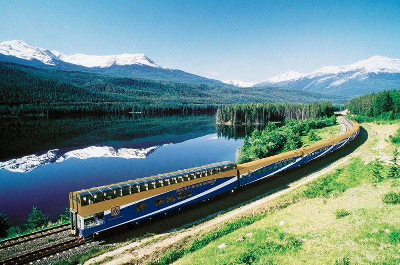 تور مشهد,تور مشهد با قطار,سفر به مشهد با قطار,
