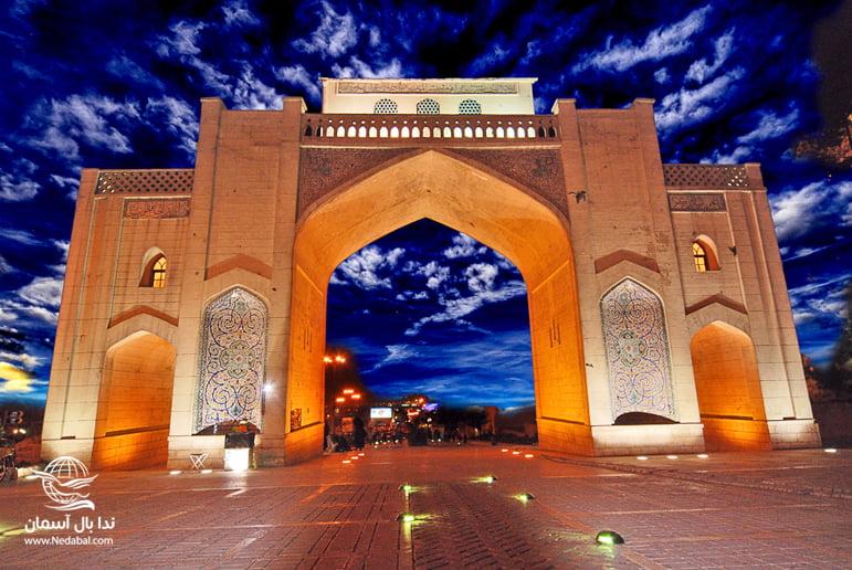 دروازه قرآن شیراز از جاذبه های دیدنی شهر شیراز